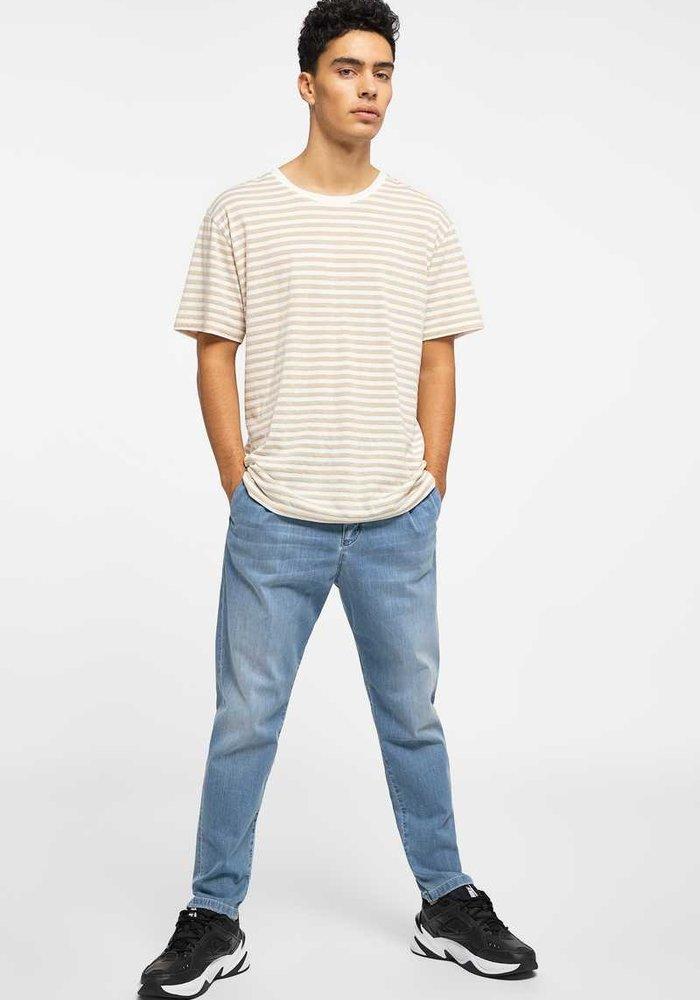 Drykorn T-Shirt Samuel Striped White/Beige
