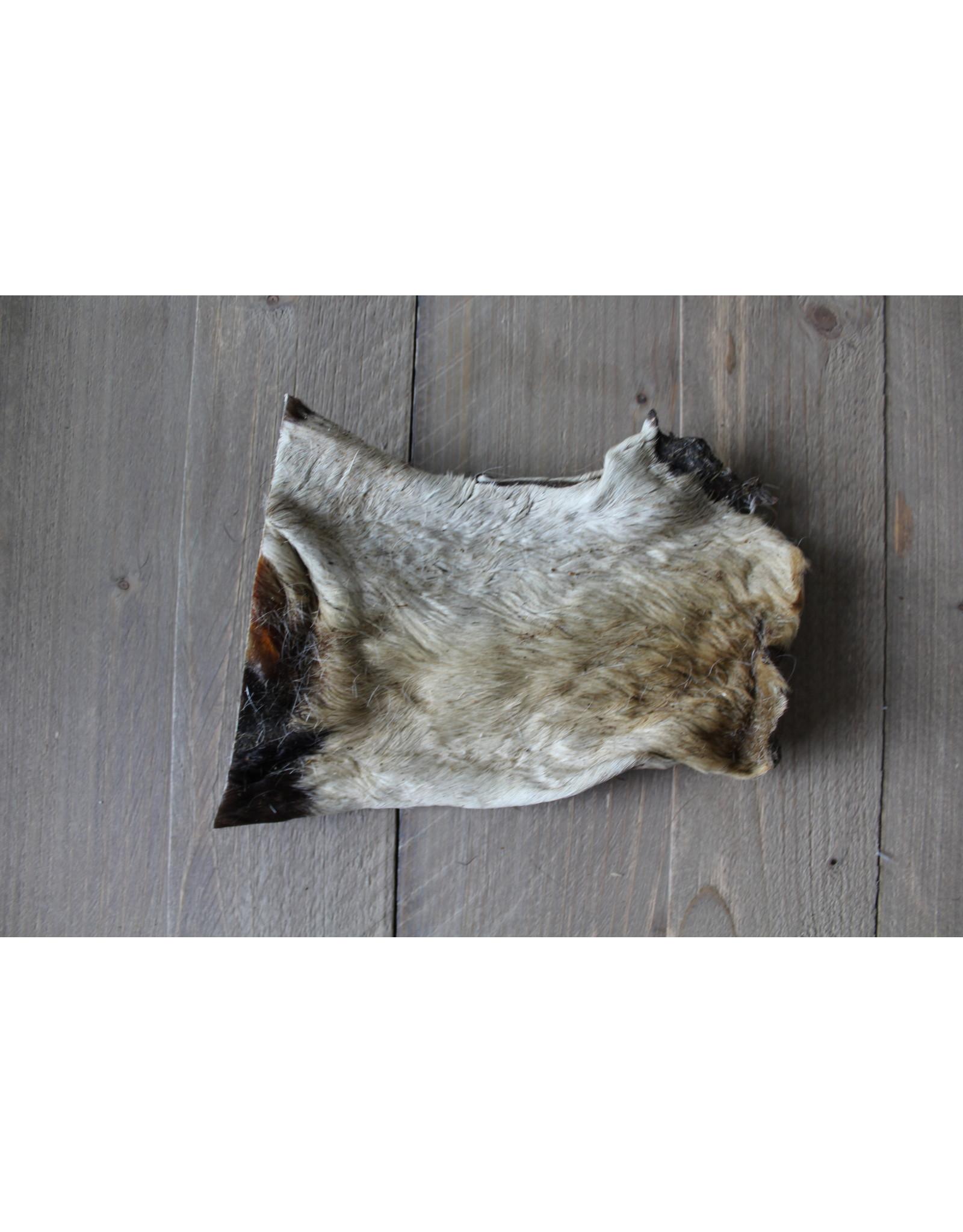 Runderkophuid Plaat Met Vacht, Een taaie en zeer harde snack voor uw hond.