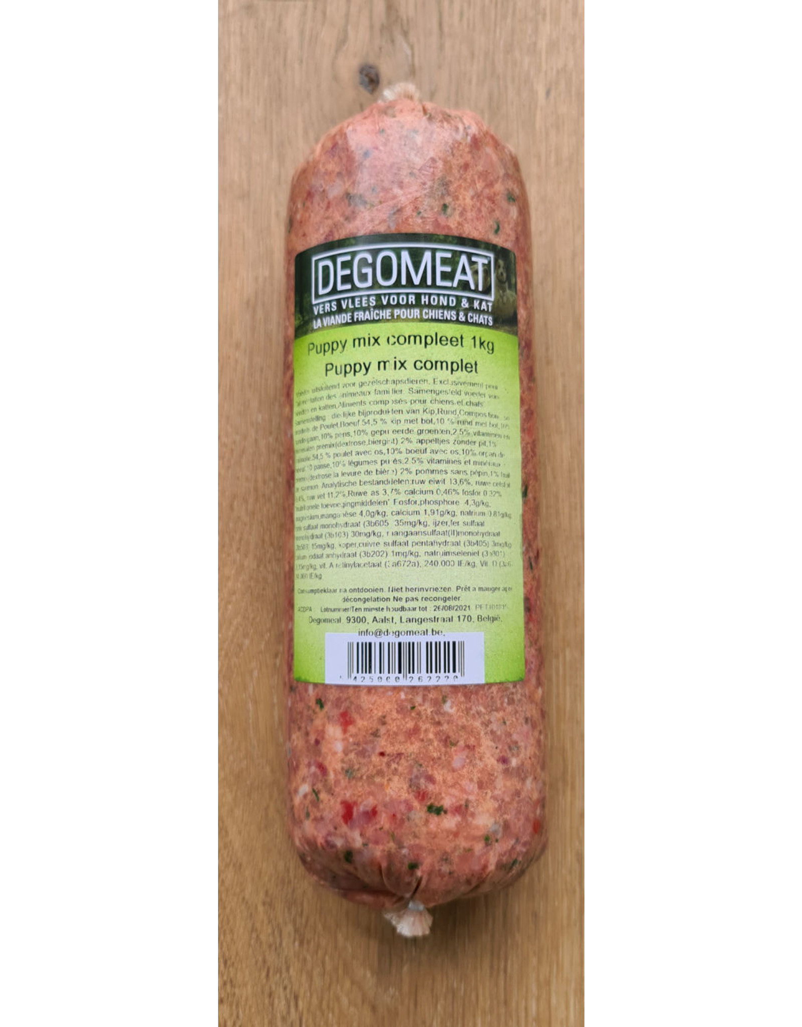 Deze extra fijn gemalen vers vlees (kvv) mix  is speciaal voor puppy's en kittens.