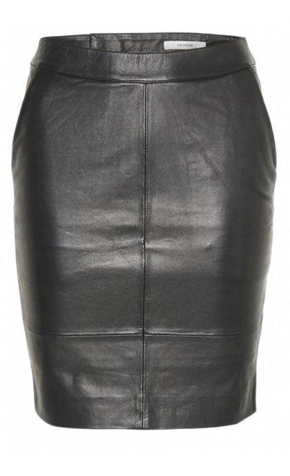 Gestuz Char Mini Leather Skirt Black
