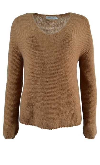 Indi & Cold Oversized V-Neck Jumper Camel