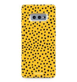 FOONCASE Samsung Galaxy S10e - POLKA COLLECTION / Ockergelb