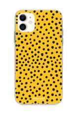 FOONCASE iPhone 12 hoesje TPU Soft Case - Back Cover - POLKA COLLECTION / Stipjes / Stippen / Oker Geel