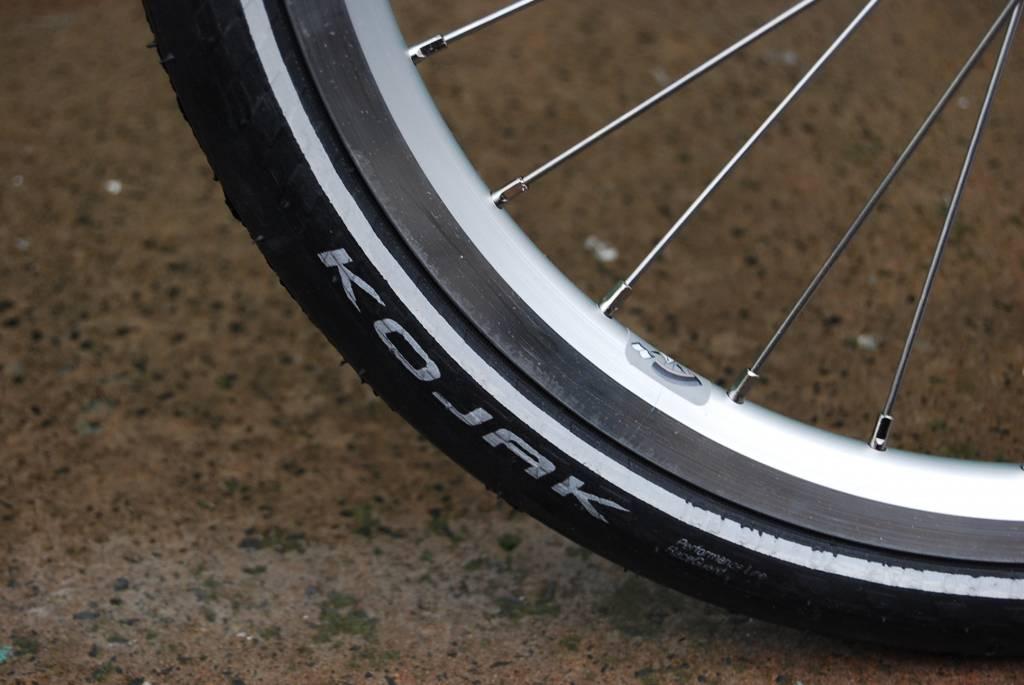 Brompton 2 speed green S type slick tyres