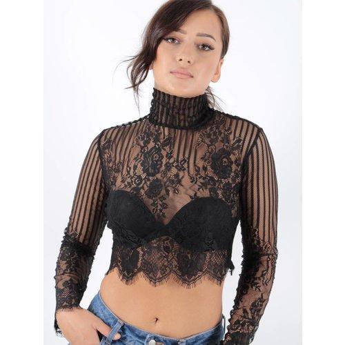 Ladylike Lace crop top