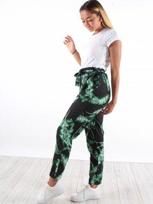 Ladylike Pants leaves