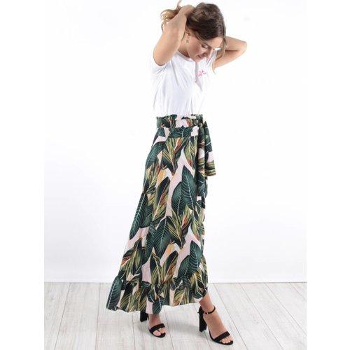 Ruffle skirt palm