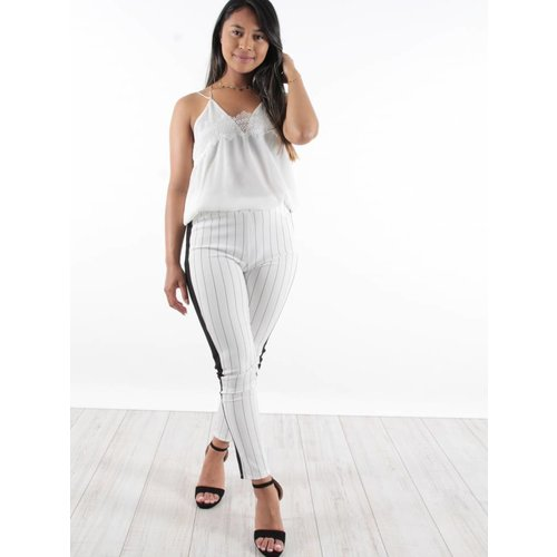 Ladylike Pants white black stripe