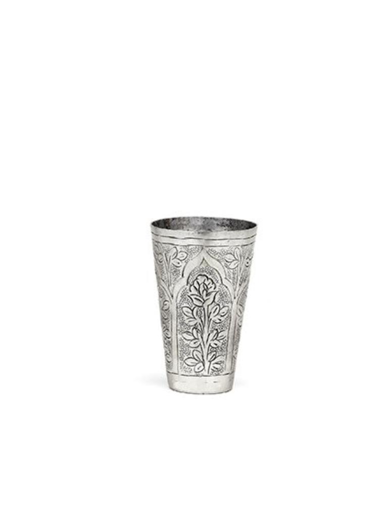 Ladylike Orientaalse cup