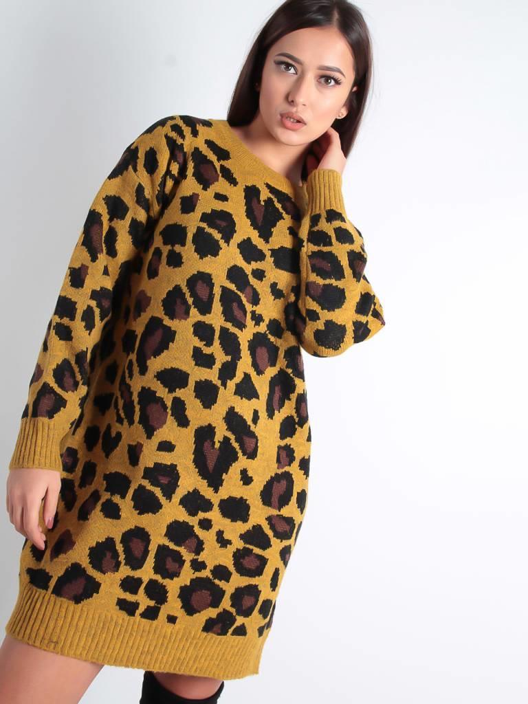 Purple Queen Lura leopard sweater dress
