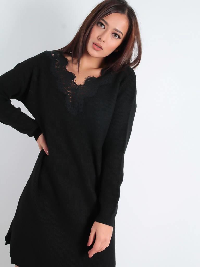 Moocci Sweater dress  lace