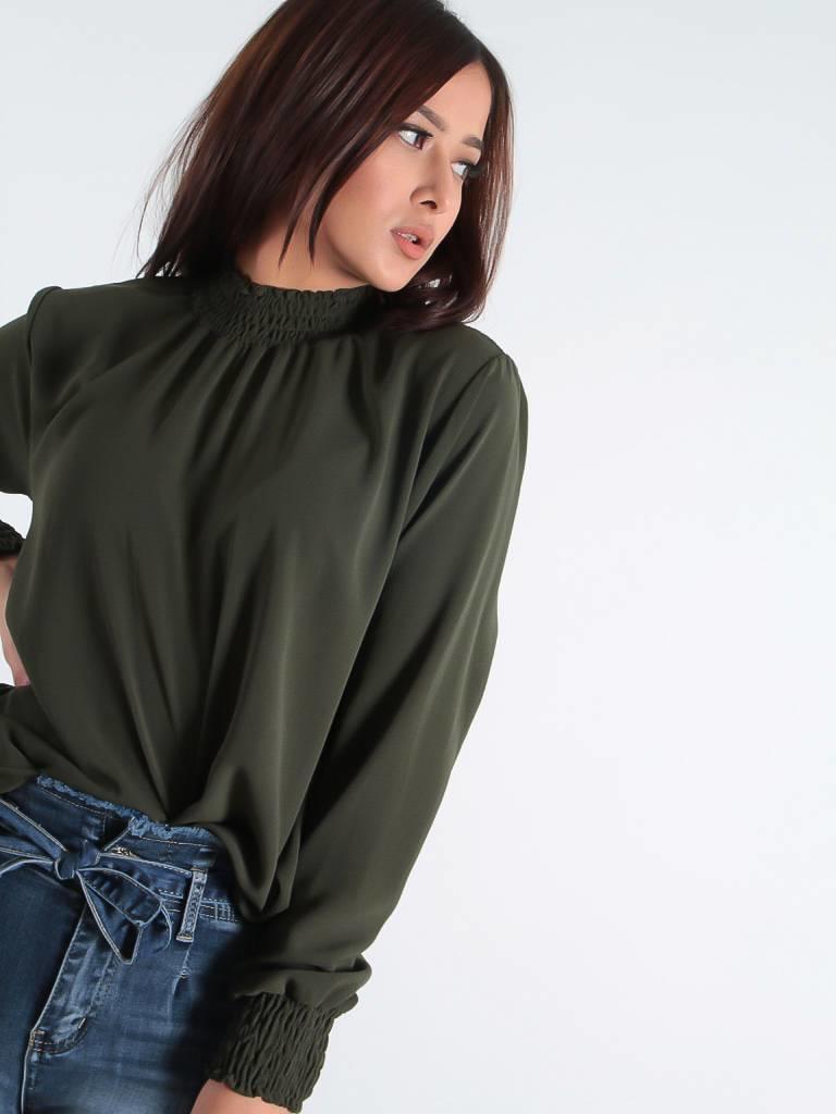 Ladylike Turtle blouse green