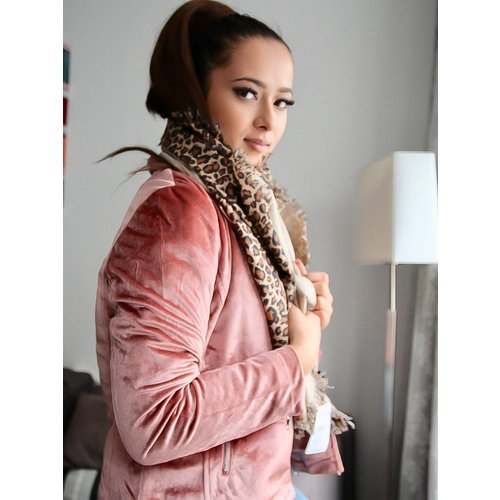 Ladylike Leopard finest scarf