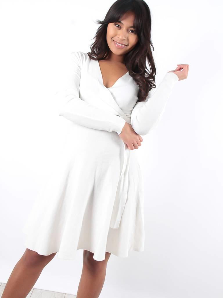 Enzoria White knit skater dress