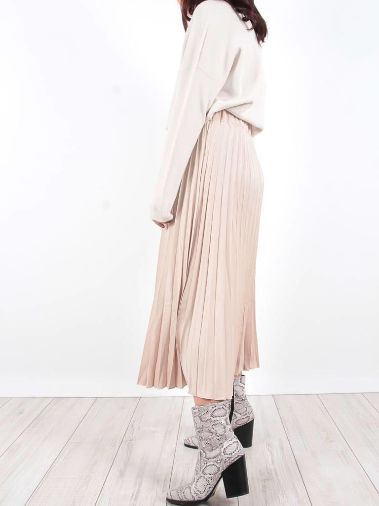 Turqouise by Daan Pleated  skirt beige