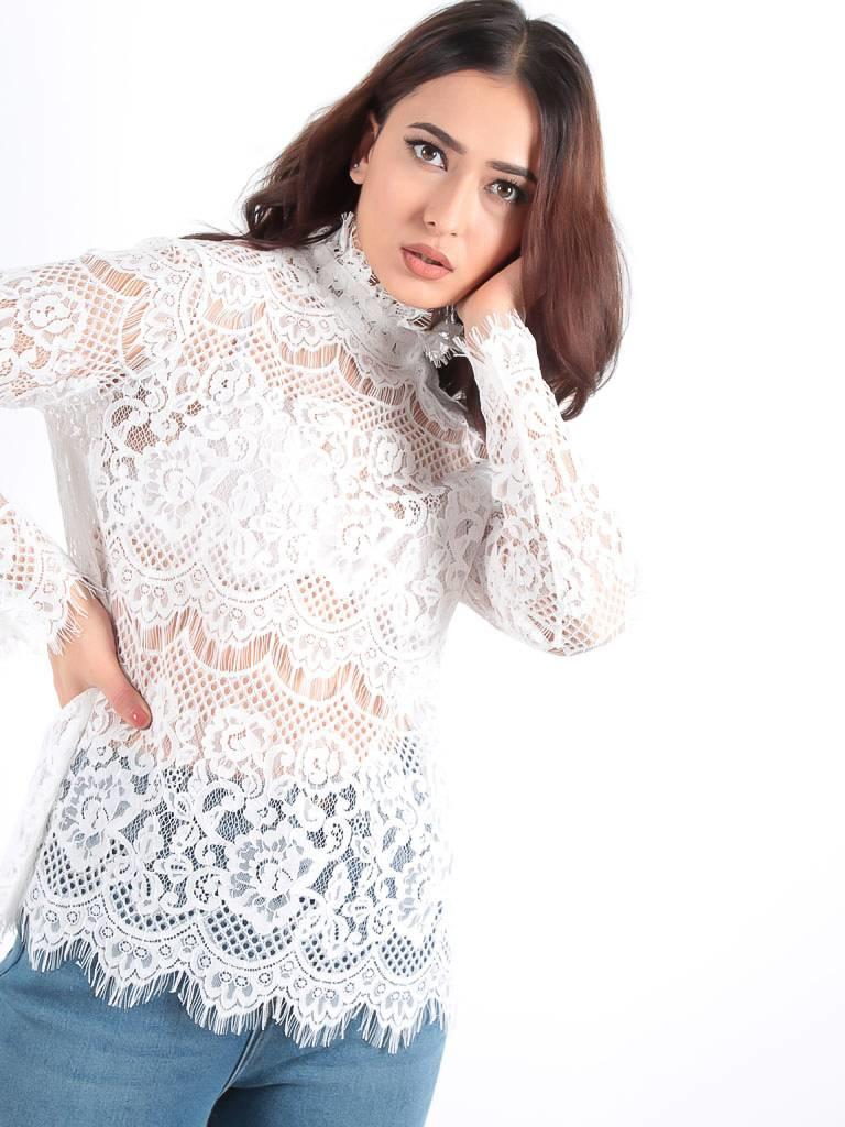 Turqouise by Daan White lace long sleeve top