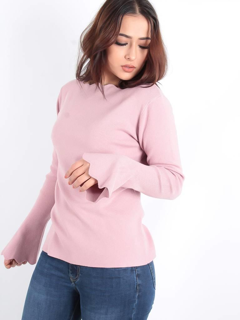 Ambika Waved detail jumper dusky pink