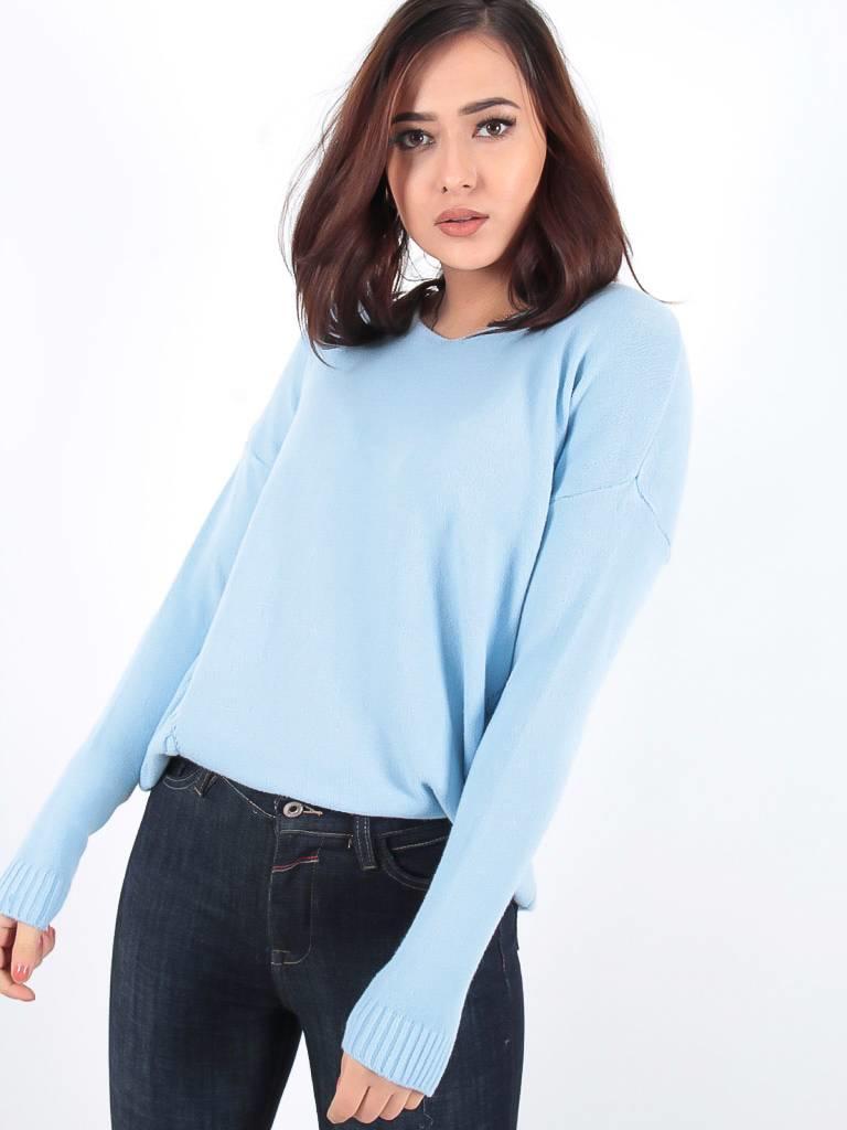 Ladylike Summer jumper blue