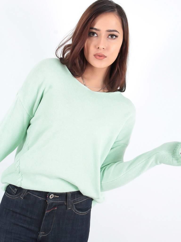 Ladylike Basic soft green knit jumper