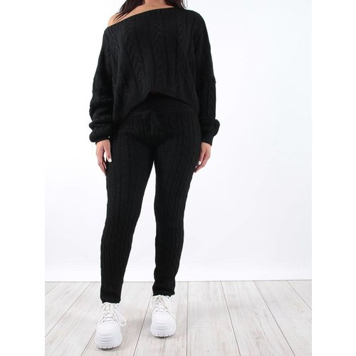 Ladylike Black cable knit jogger co-ord