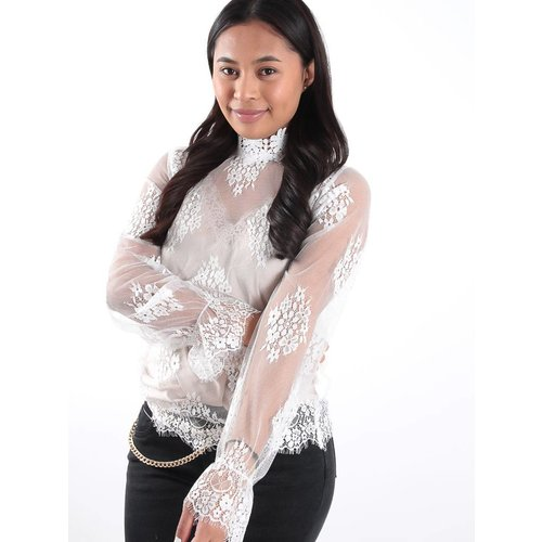 Bisou's project White lace high neck top