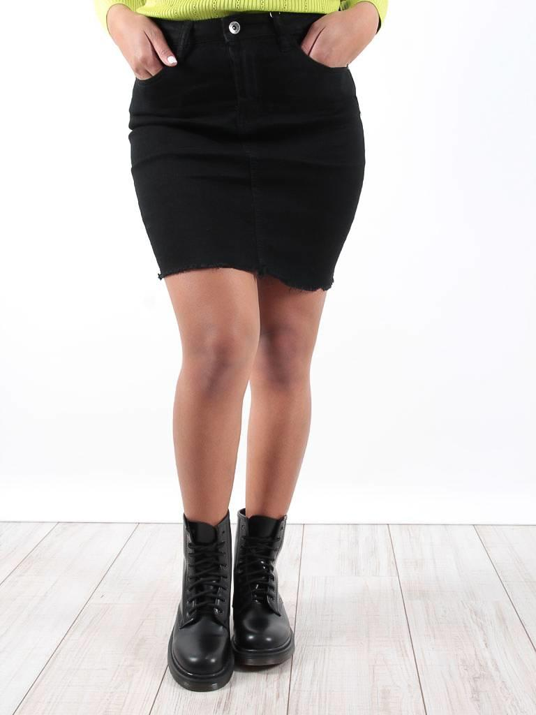 Mybestiny Black basic denim skirt