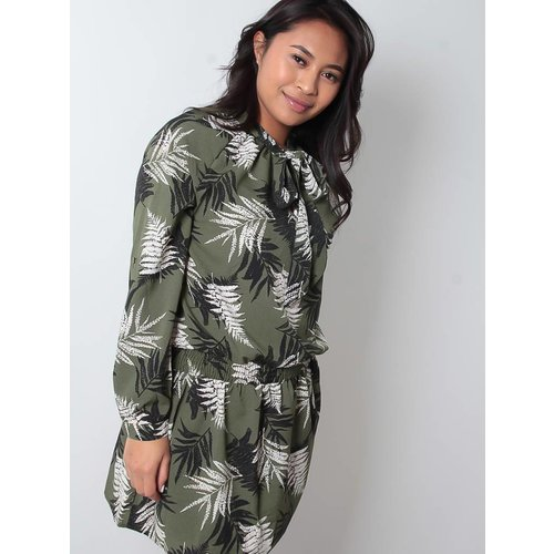LADYLIKE FASHION Leaf print dress green