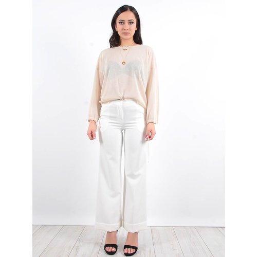 Ladylike White flared trousers