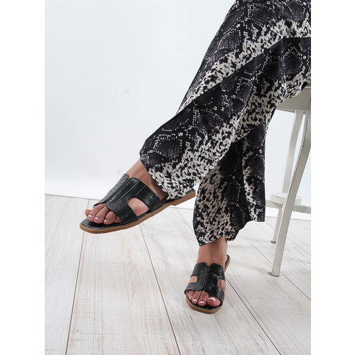 LADYLIKE FASHION Inspired style sandals black