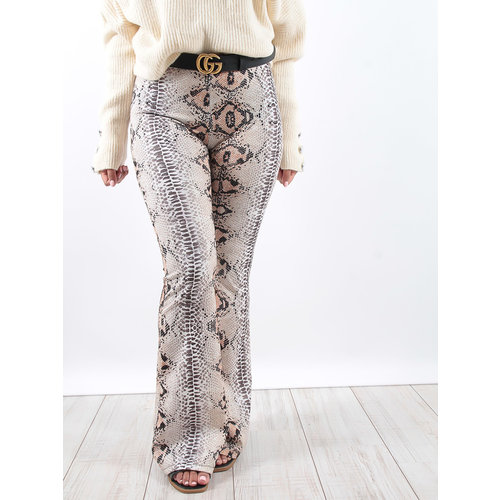 LADYLIKE FASHION Snake print flared trousers