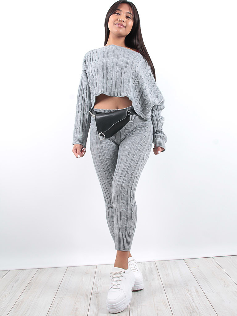 LADYLIKE FASHION Fine knitted co-ord top + joggers grey