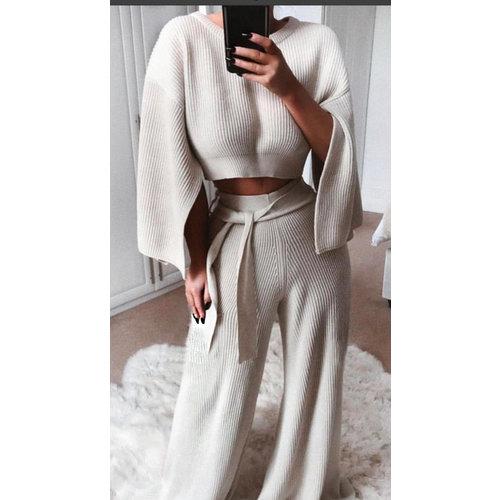 LADYLIKE FASHION Wide pants & sleeve knit co-ord set Beige