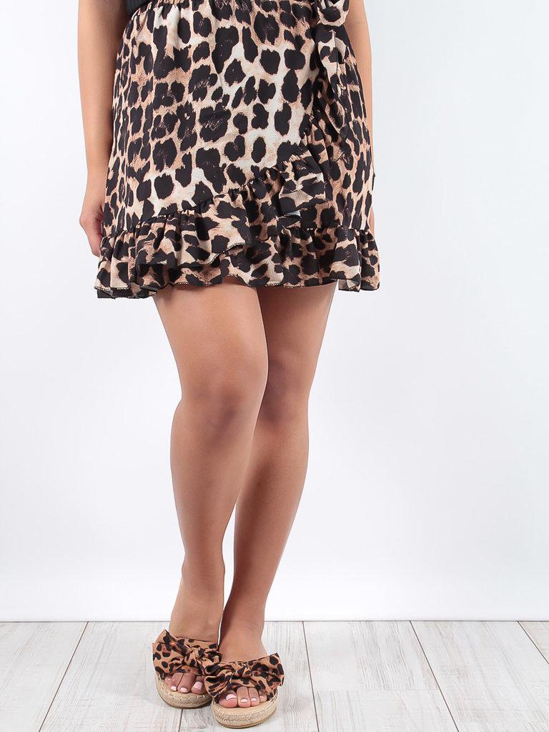 LADYLIKE FASHION Leopard Print Ruffled Skirt