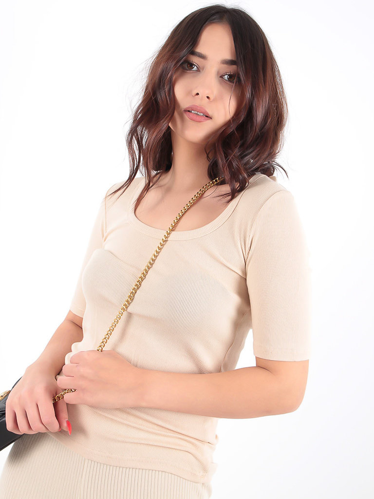 LADYLIKE FASHION Basic Rib Tee Beige