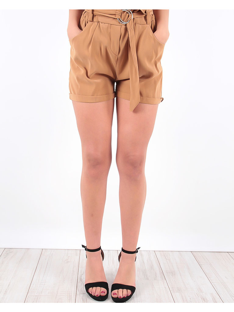 LADYLIKE FASHION Utility Shorts Camel