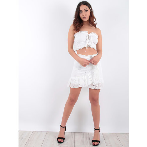 LADYLIKE FASHION Broderie Anglaise Lace Up Detail Bandeau Crop Top White