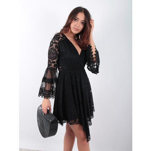 LADYLIKE FASHION Black Ruffled Lace Dress
