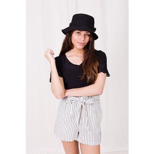 LADYLIKE FASHION Stripe Short White