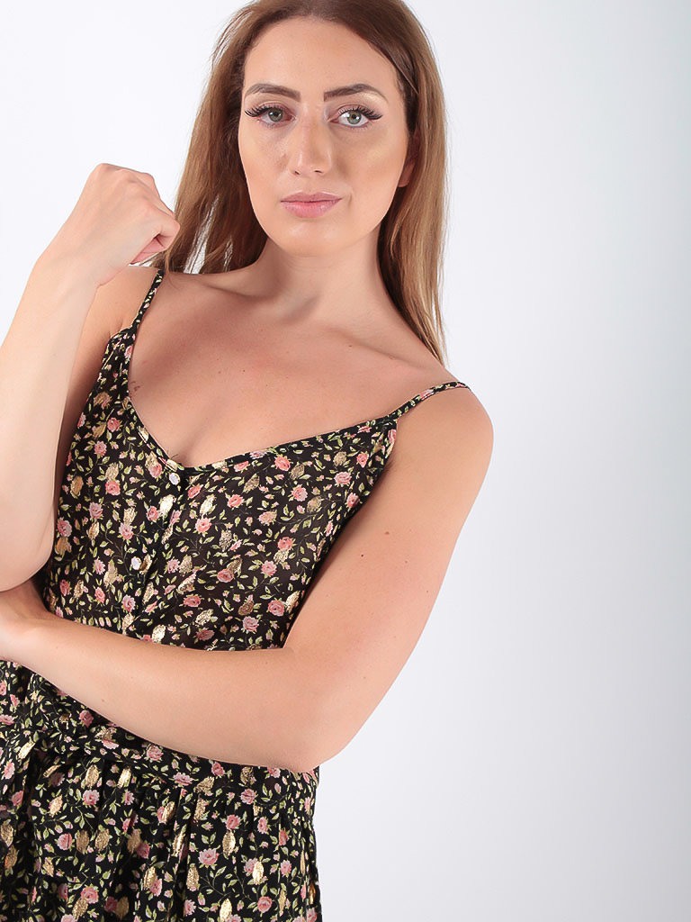 LADYLIKE FASHION Black Floral Gold Detailed Ruffled Top