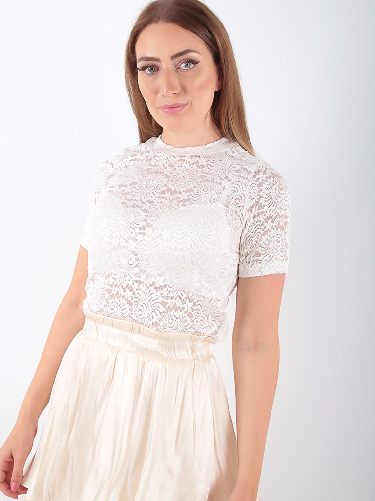LADYLIKE FASHION Soft Short Sleeve Lace Top Ecru