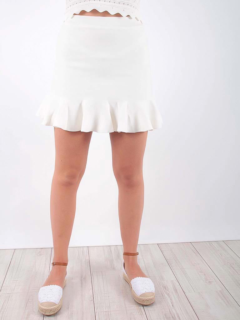 BY CLARA Wavy Mini Skirt Ecru