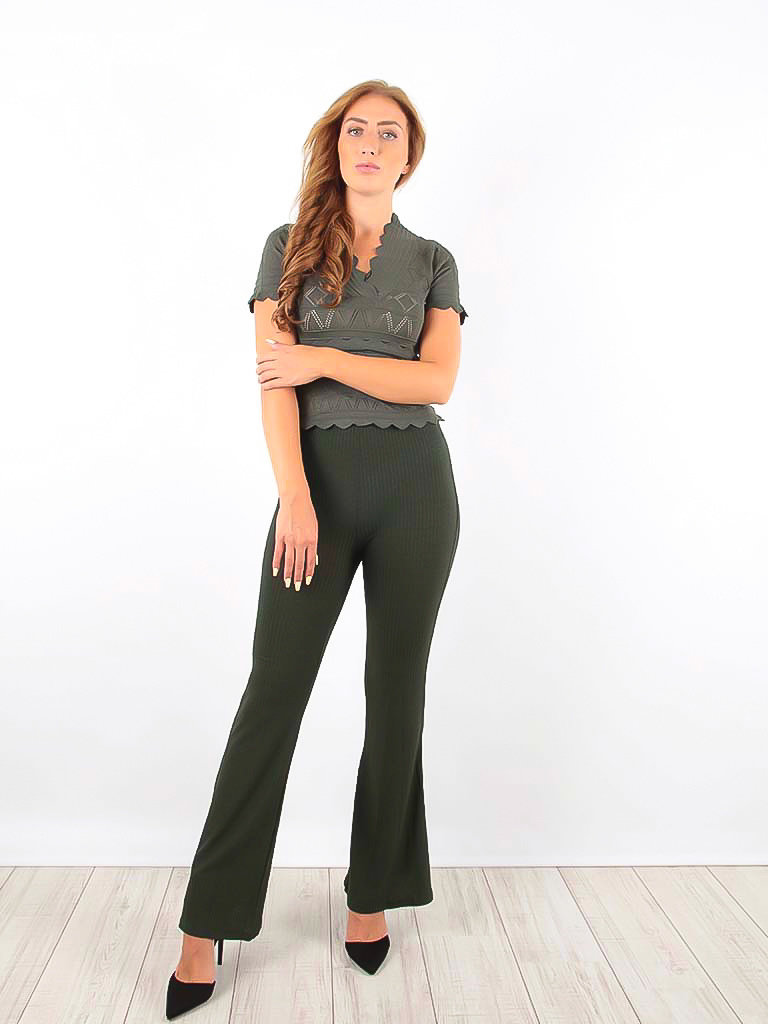 VINTAGE DRESSING Ribbed Flared Trousers Green