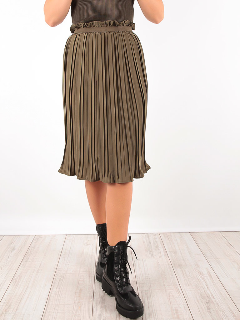 VINTAGE DRESSING Pleated Midi Skirt Green