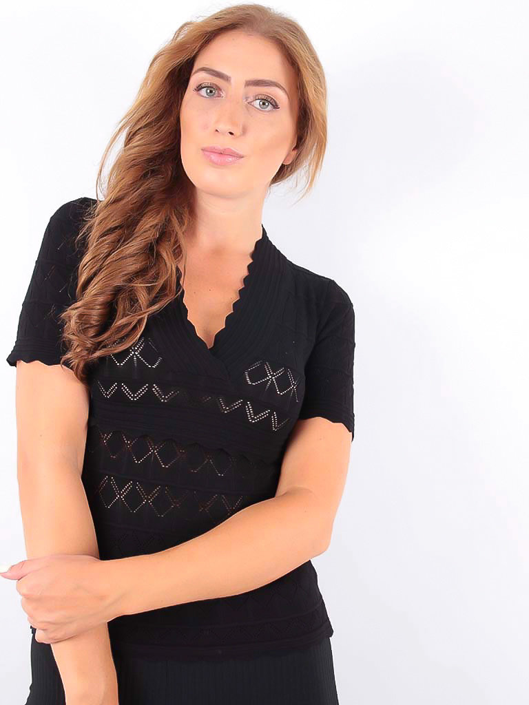 LADYLIKE FASHION Knitted V Jumper Black
