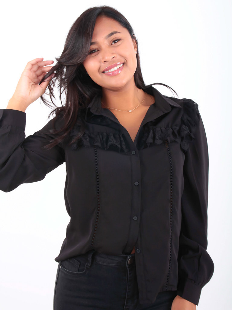 Vera & Lucy Blouse Lace Black