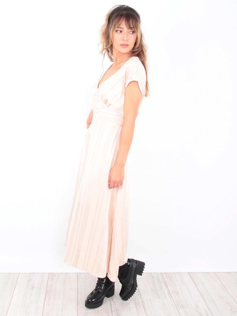 ELLI WHITE - LADYLIKE FASHION Satin Striped Maxi Dress Beige