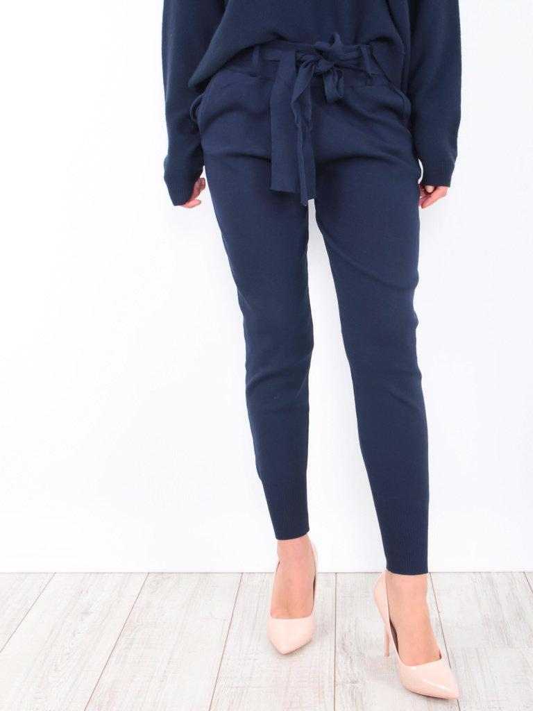 LAETITIA MEM - LADYLIKE FASHION Belted Knitted Jogger Navy