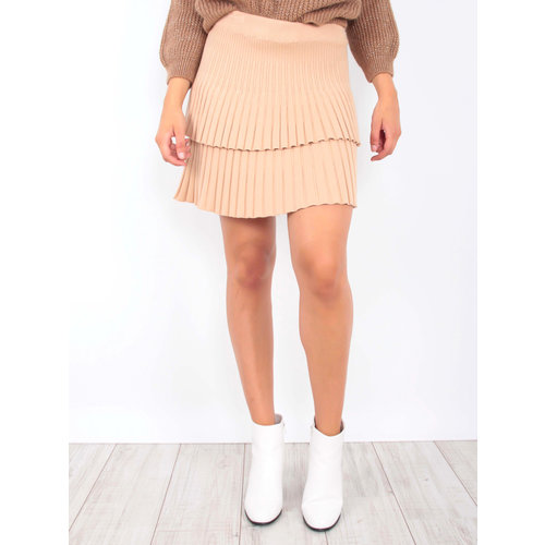 YU & ME Ribbed Knitted Skirt Camel