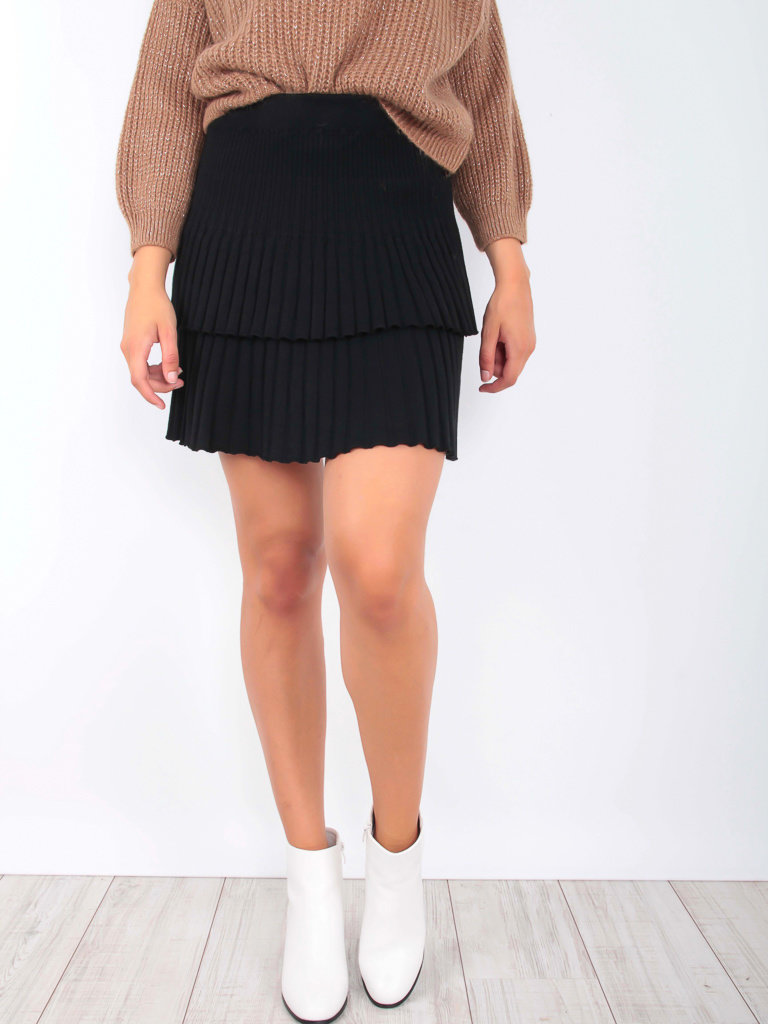 YU & ME Ribbed Knitted Skirt Black