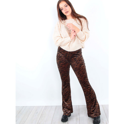 IVIVI - LADYLIKE FASHION Velvet Zebra Print Flared Trousers Brown